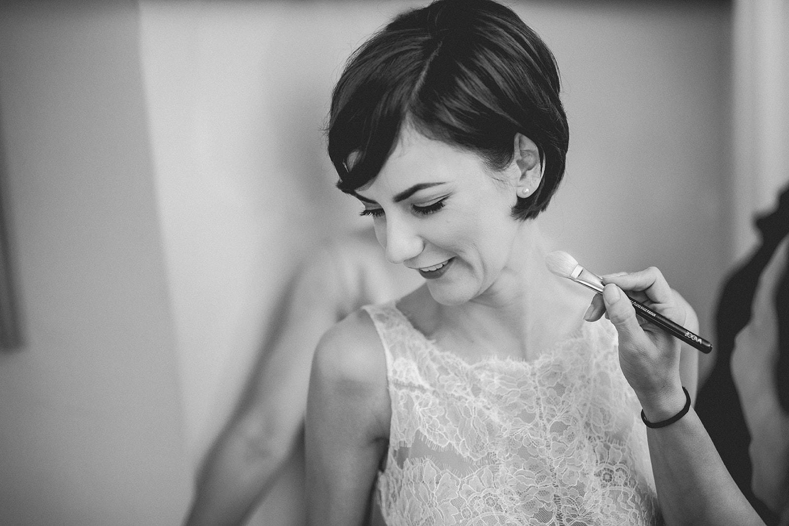 Eggington House marquee wedding_bridal prep