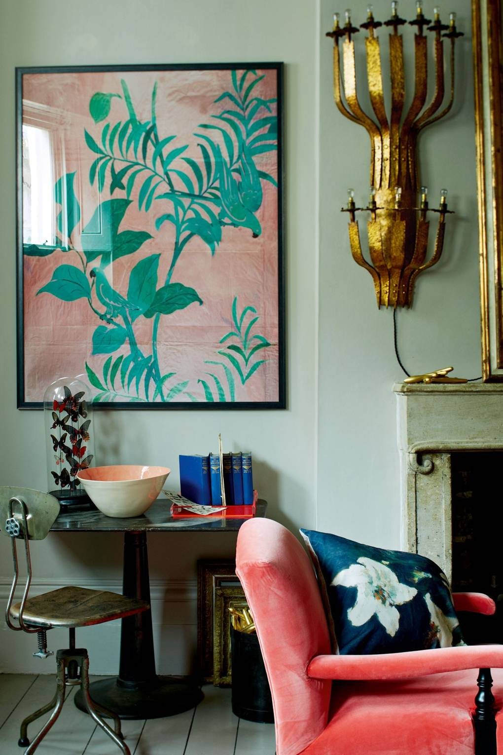 Don't limit yourself to bridal magazines and blogs; take inspiration from anywhere and everywhere! The world of interior design is a wonderful source of ideas. This interior shows how well aqua green and coral sit together. Photo by  Kristin Perers  via House and Garden.