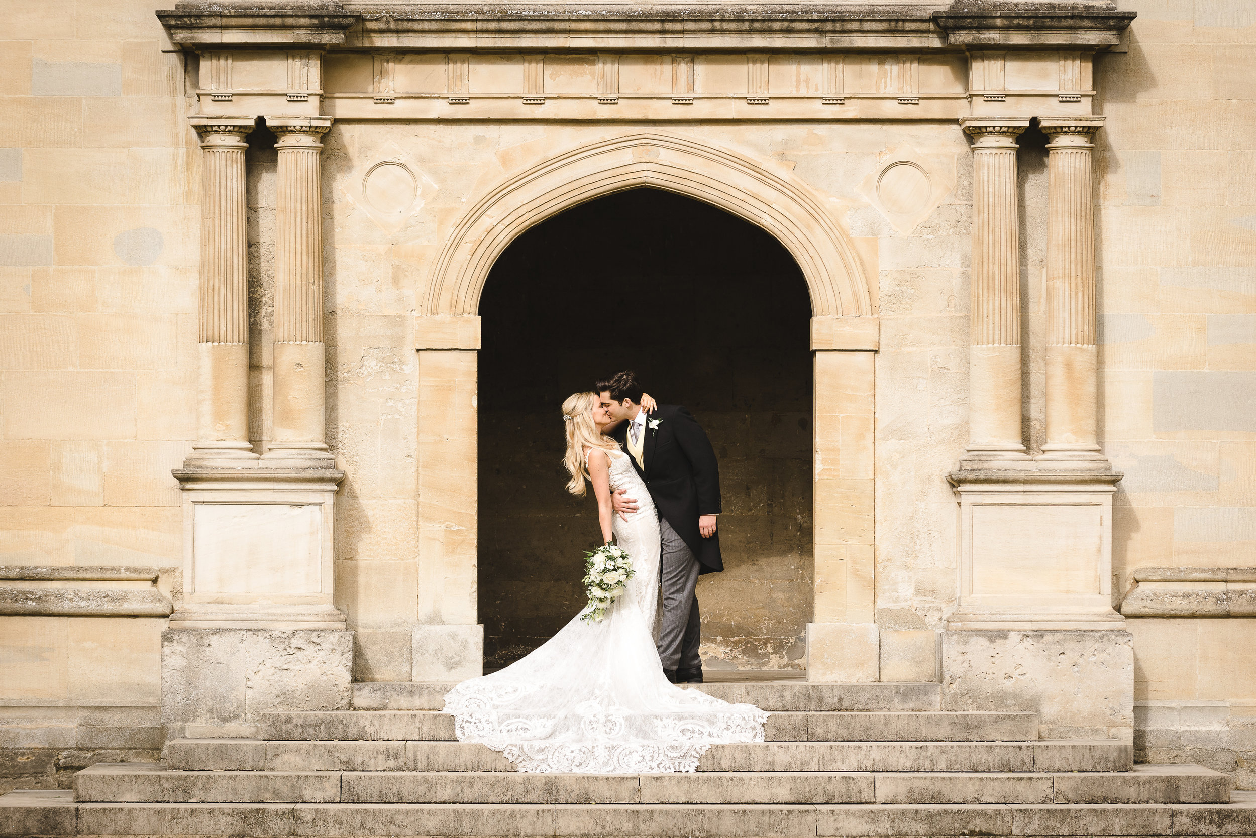 Lauren and CharlyBodleian Library, Oxford, June 2019 - Images by Weddings by Nicola and Glen