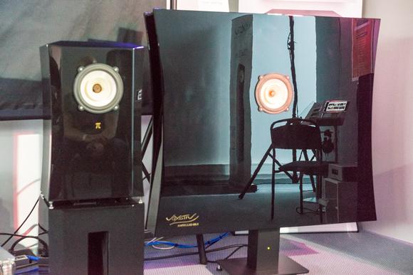"""""""这真是我听过的最引人注目的单驱动扬声器......"""" - – Jonathan Valin, 绝对声音"""