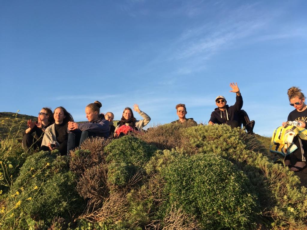 Rejs i sabbatår på højskole i udlandet |  4 ugers sommerhøjskole i Alperne |  Yoga & Selvudvikling, Adventuresport og Service Management |  Vi nyder naturen