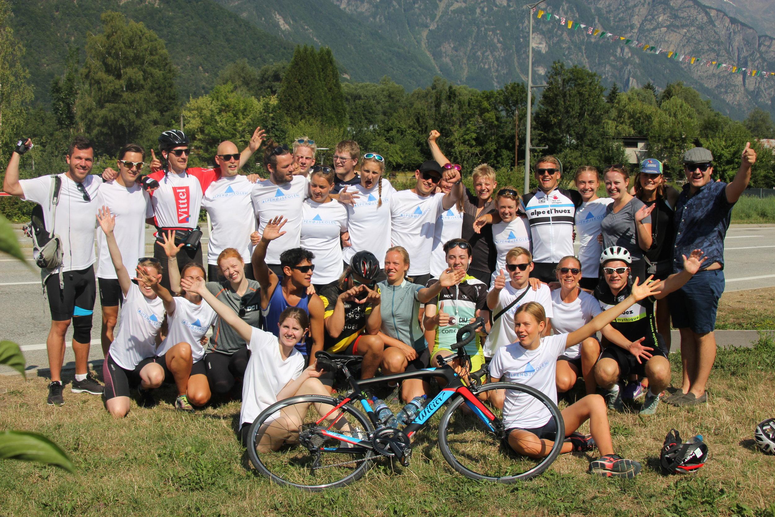 Adventuresport i sommerferien |  Sommerhøjskole med Alpehøjskolen - en højskole i udlandet |  Tour De France