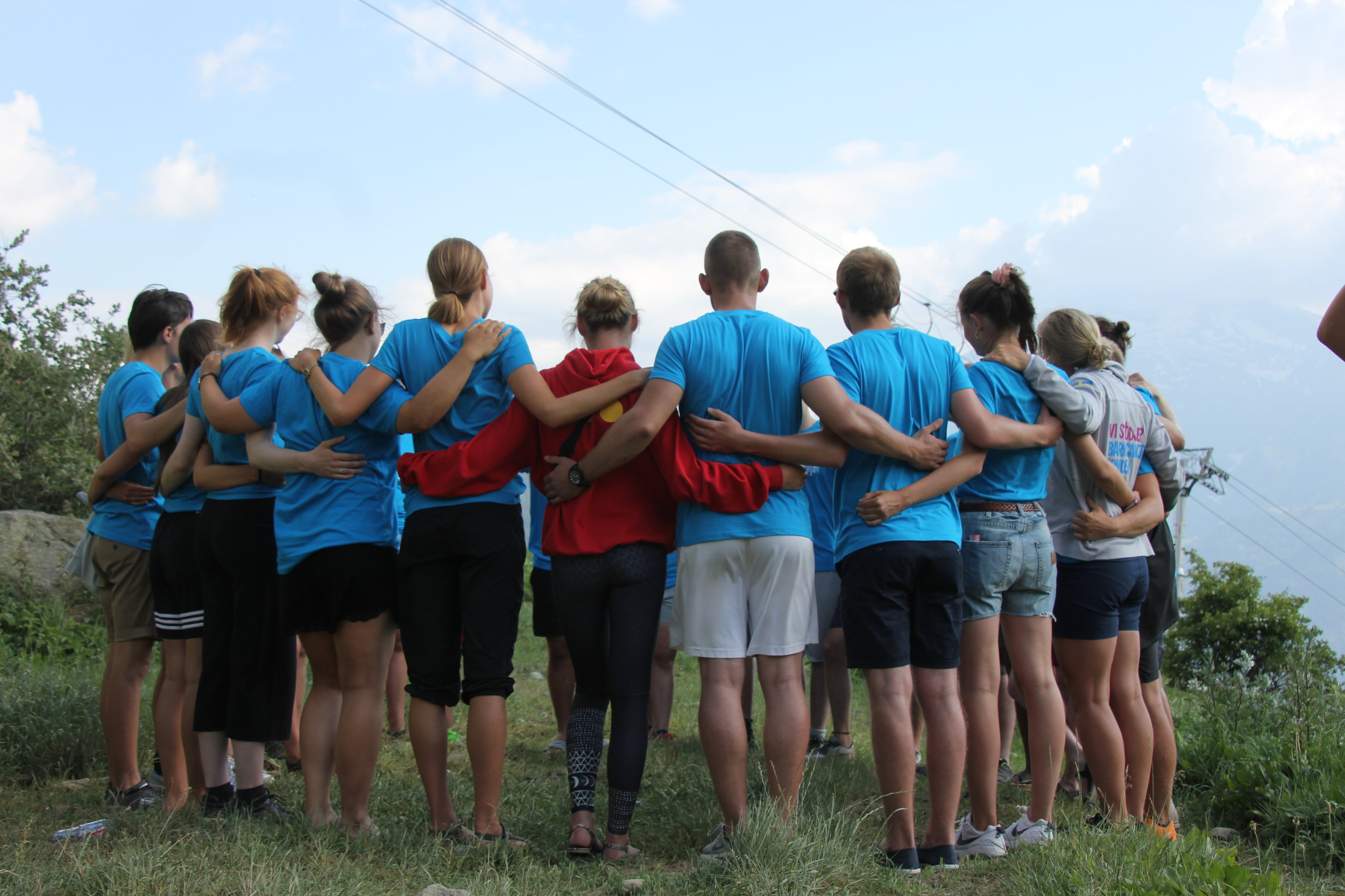 Sommerhøjskole i Alperne med Alpehøjskolen    1 måned med undervisning i Adventuresport, Yoga & Selvudvikling eller Service Management