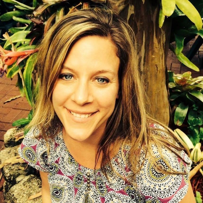 Dr. Brandi Whitehouse - Chiropractor / Wellness Coach / Aromatherapist