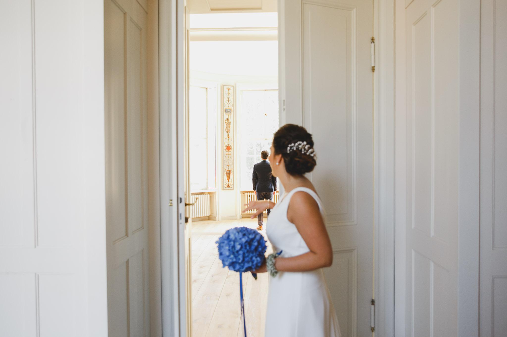 Der erste Blick der Braut
