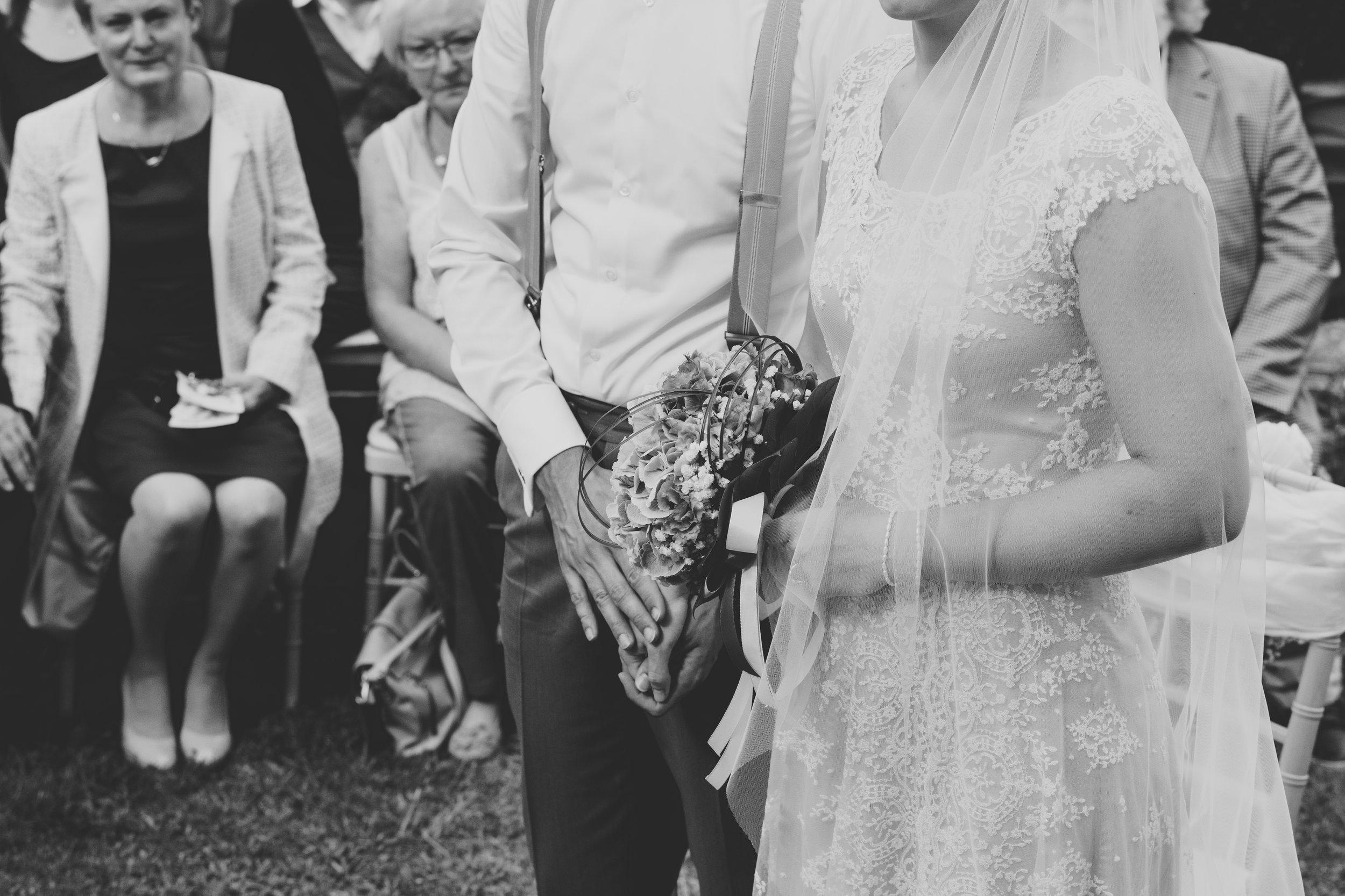 Brautpaar ist verheiratet