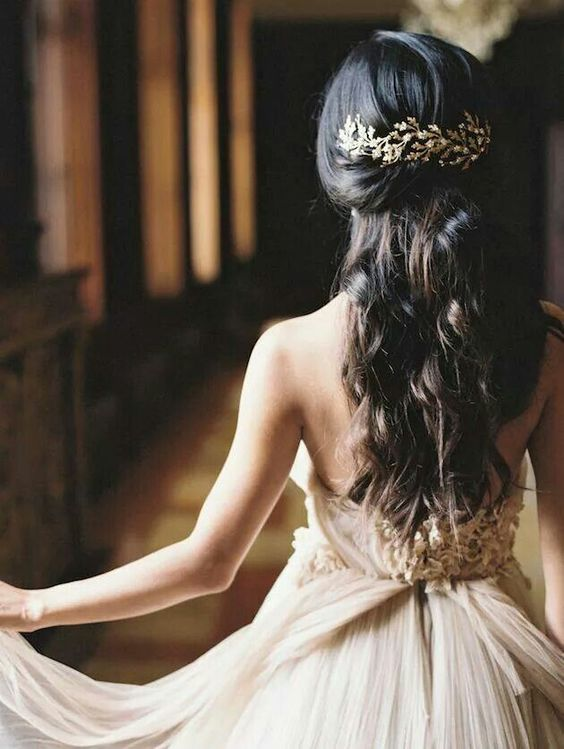 Trend #5 Styling_Goldene Haarspange 2_sortra.jpg