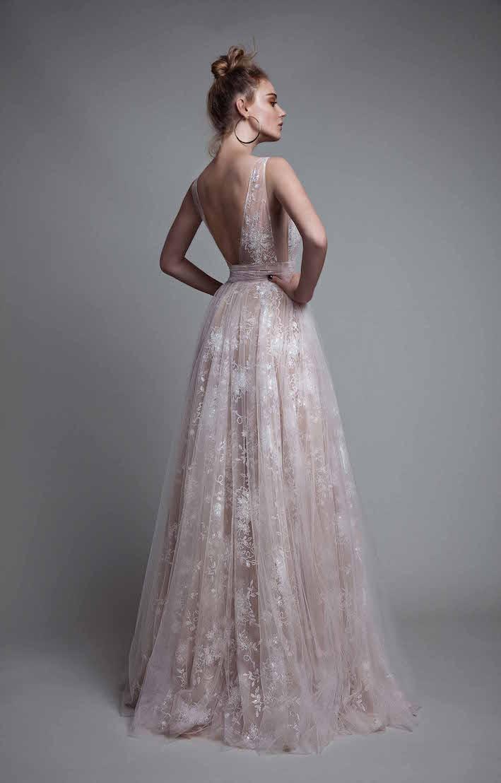 Trend #6 Brautkleider_Rosefarbend-Bestickt_berta.com.jpg