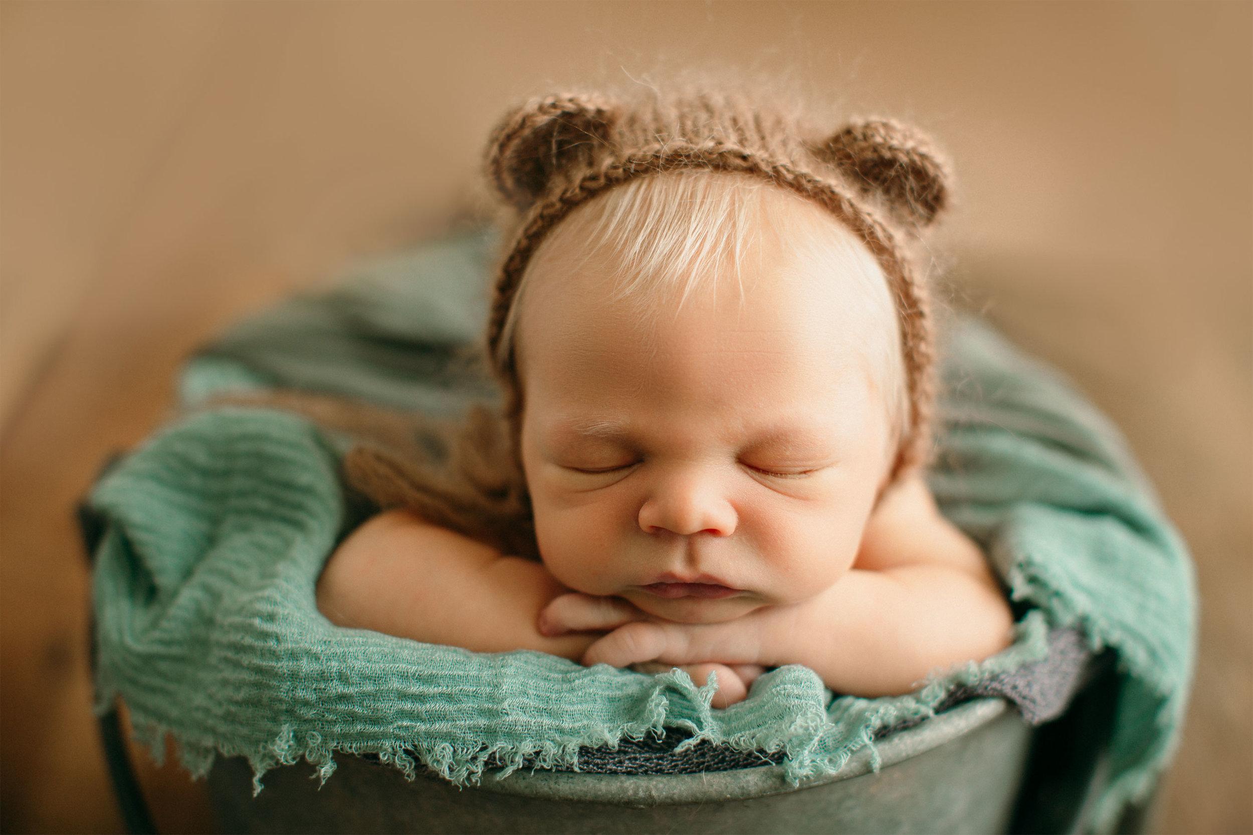 Newborn_RED2.jpg