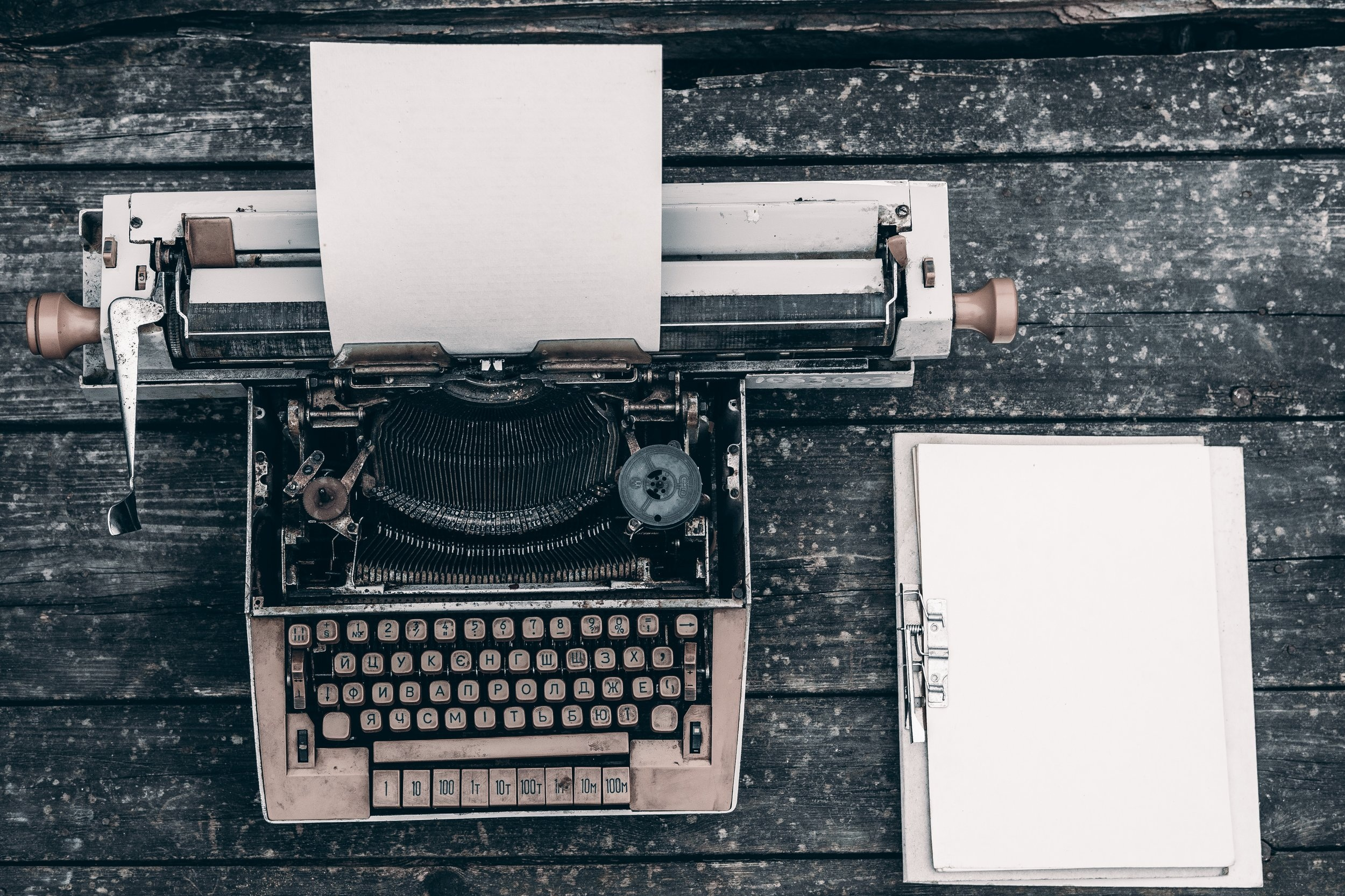 Aspiring Author - Endless Outlining