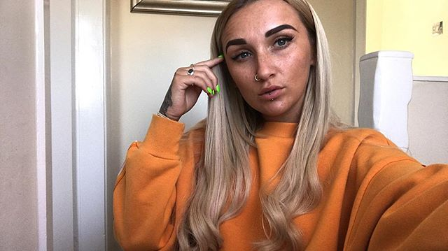 @lushlengths.x giving me that princess hair back 👸🏼🙋🏼♀️ HIGHLY RECOMMEND LADIES!!