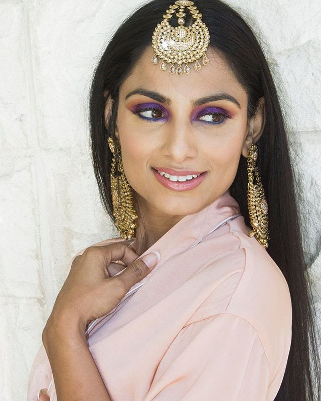 ✨Bollywood Bella I✨ with @anu61412 // Details at WWW.PEACEOFCHIC.COM . . . . . . #potd #photography #photoshoot #model #photooftheday #motd #lotd #mua #makeup #makeupartist #beauty #nars #lips #narsissist #lashes #eyeshadow #fotd #girl #model #melanin #atl #atlanta #lashes #atlantamua #atlmua #atlantamakeupartist #urbandecay #bollywoodmakeup #bollywood #maccosmetics #beyourownpro #peaceofchic
