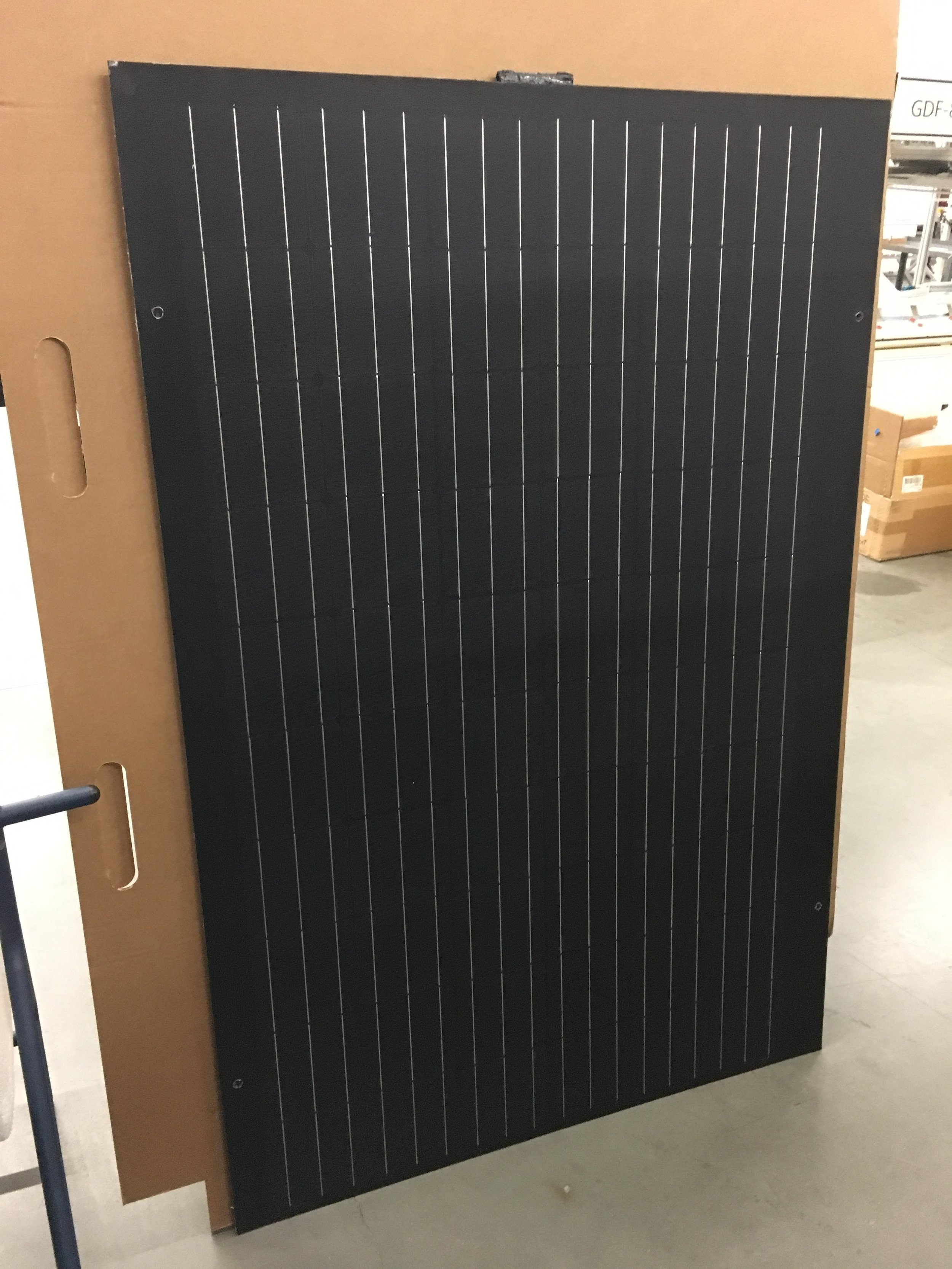 300W panel with narrow profile and edge connectors