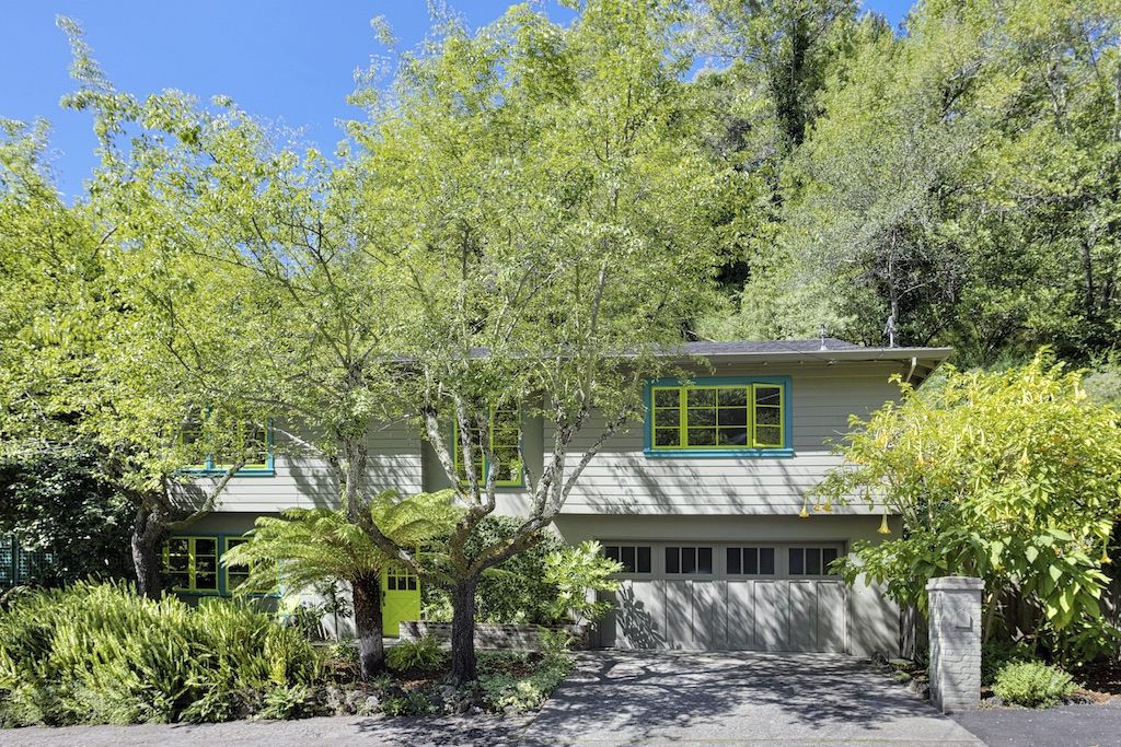 SOLD - 247 Clorinda Ave, San Rafael3bed/2bath, 1937 sf$1,200,000Represented SellersMultiple offers, 21 day close, no contingencies, cash purchase