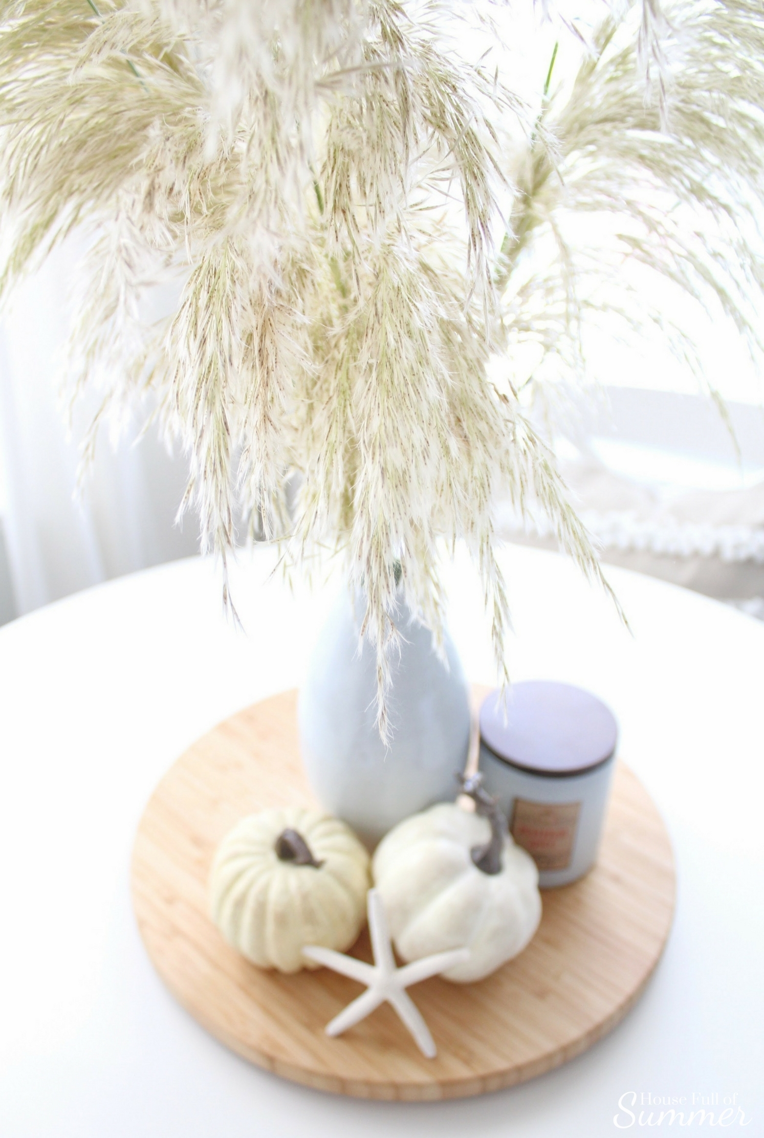 House Full of Summer - Fall Home Tour Blog Hop - Cozy Coastal Chic decor, table centerpiece, bringing in the outdoors, diy fall decor ideas