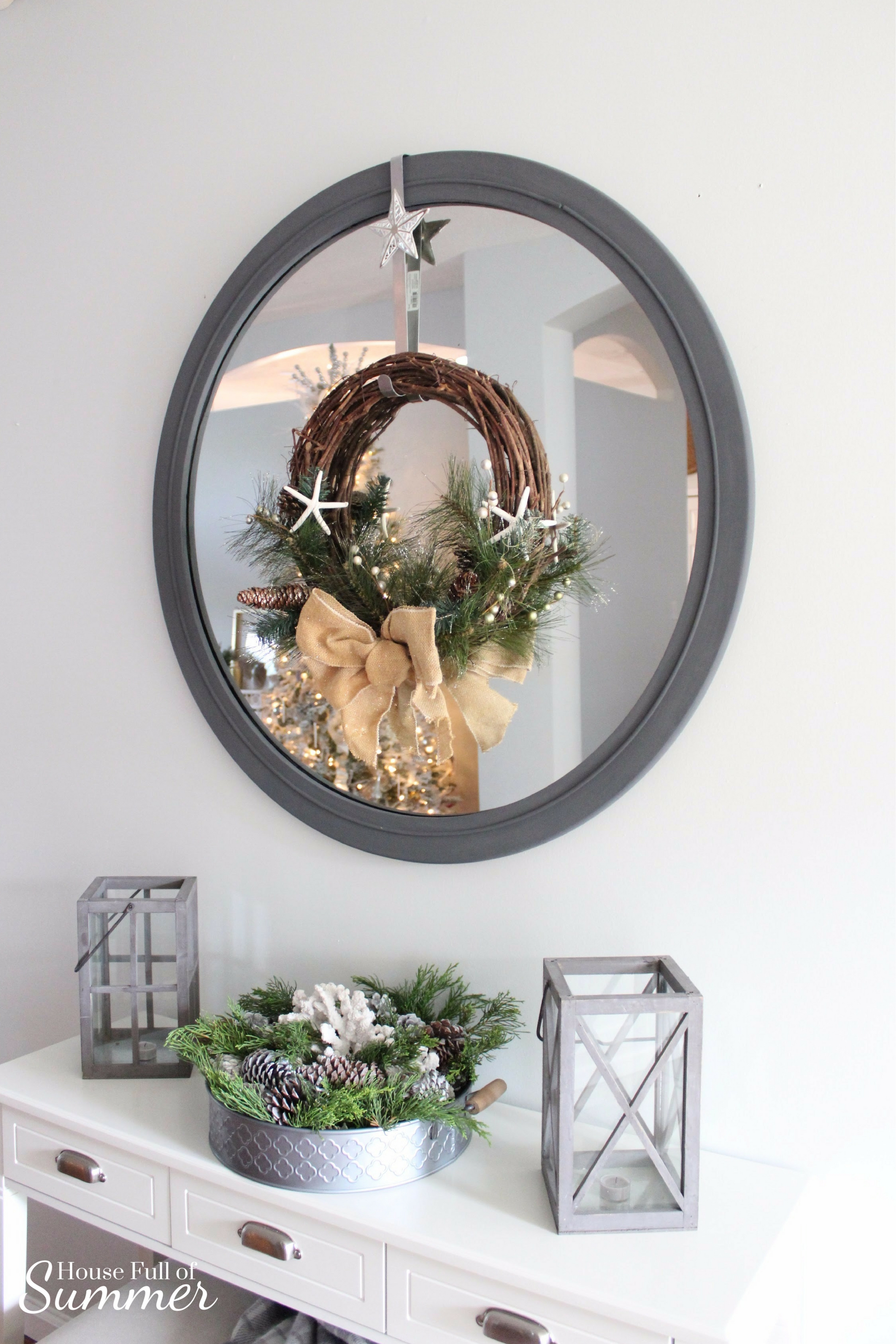 Christmas Home Tour | House Full of Summer blog hop - Cheerful Christmas Home Tourcoastal christmas neutral christmas decor, holiday home tour, florida christmas, neutral coastal decor