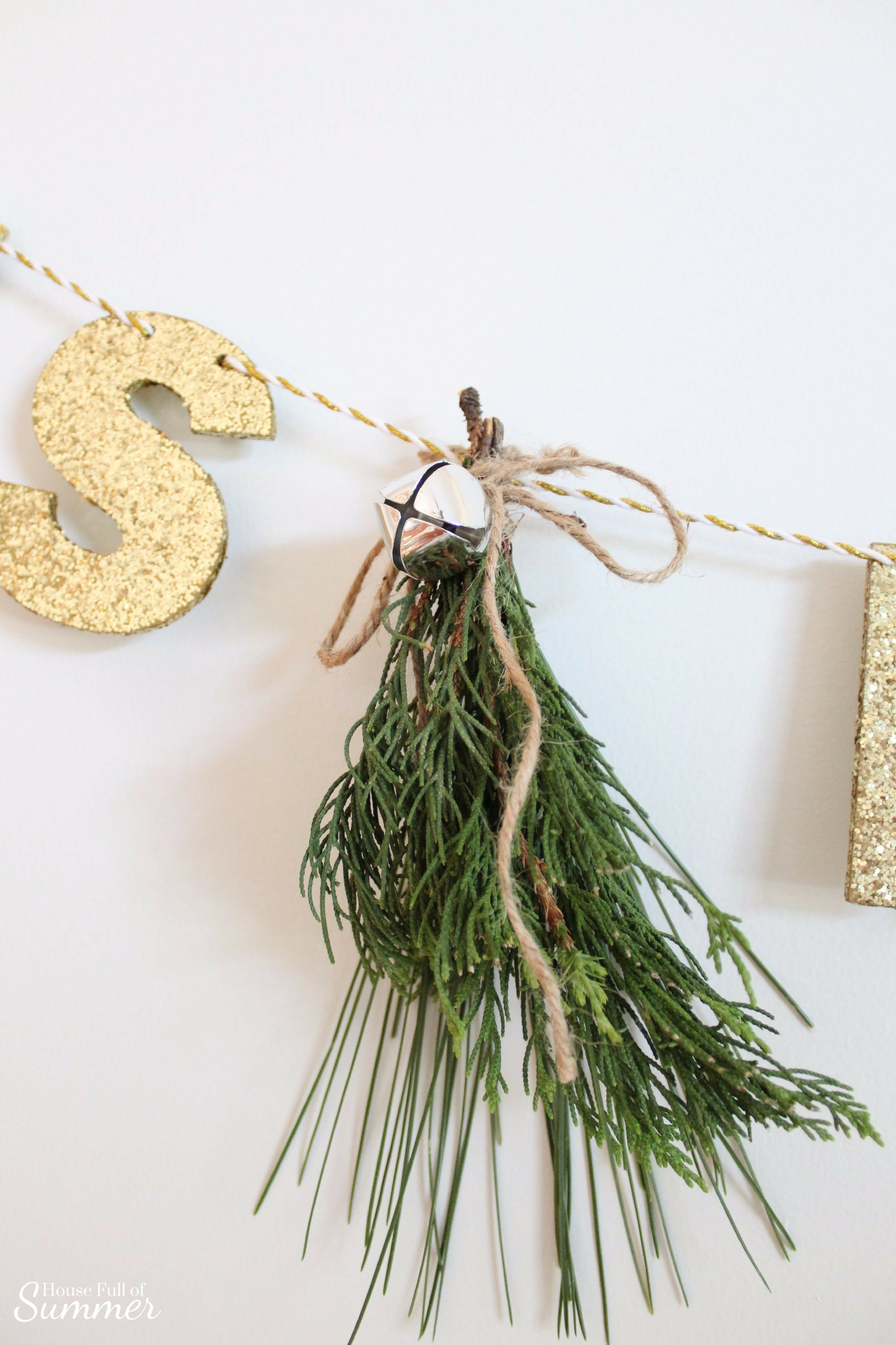How To Make Fresh Pine Swags | House Full of Summer blog - diy christmas ideas, simple christmas decor, fresh greenery in christmas decor, holiday decor, coastal home christmas decor, classy decor, beachy christmas ideas, home interior, chair swag, pine swag, misteltoe, garland