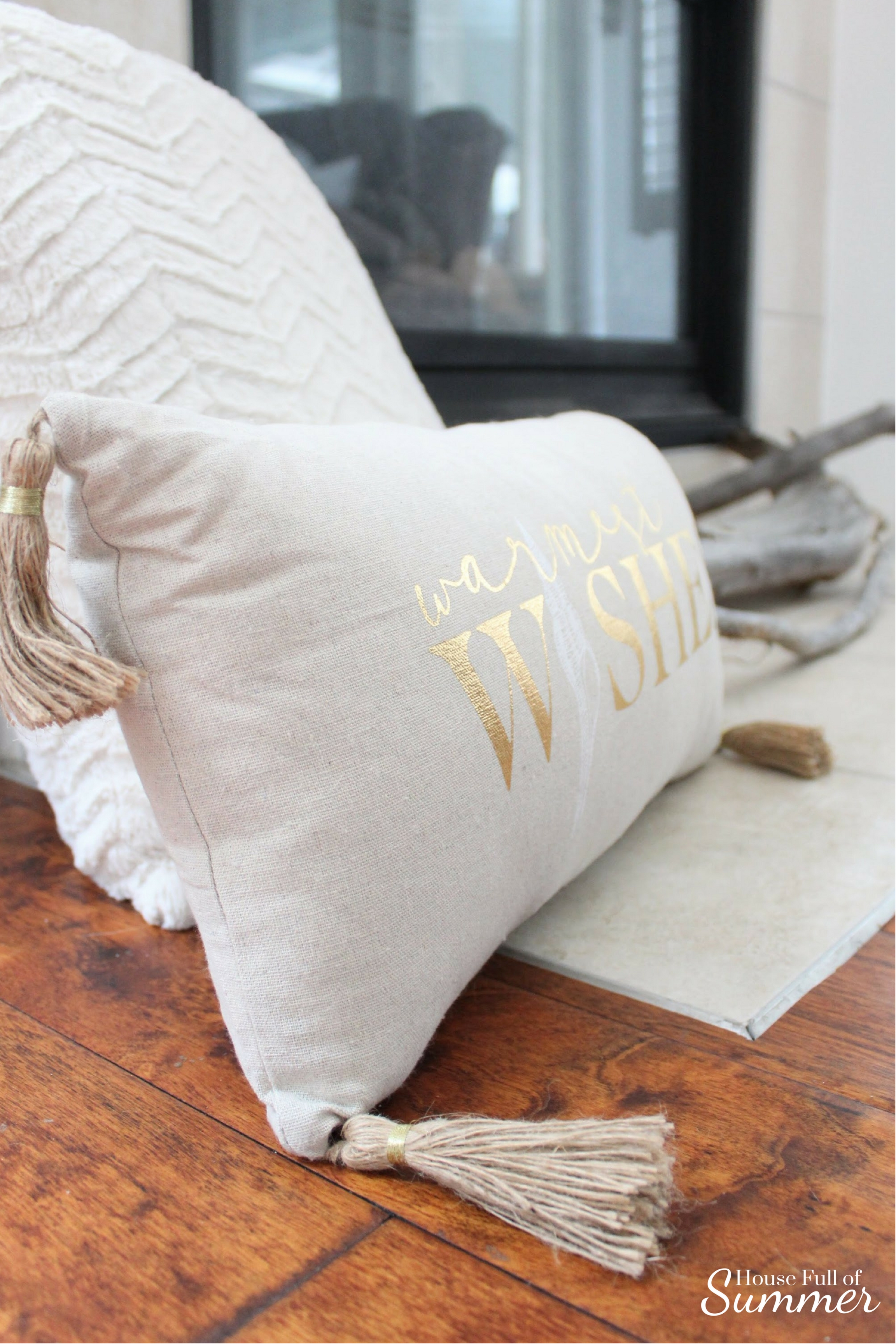 Creating a Glam Coastal Christmas with Bealls Florida | House Full of Summer blog - neutral christmas decor, gold coastal christmas throw pillow, tassel pillow, decorative pillow, florida christmas, beachy holiday decor, fur pillow
