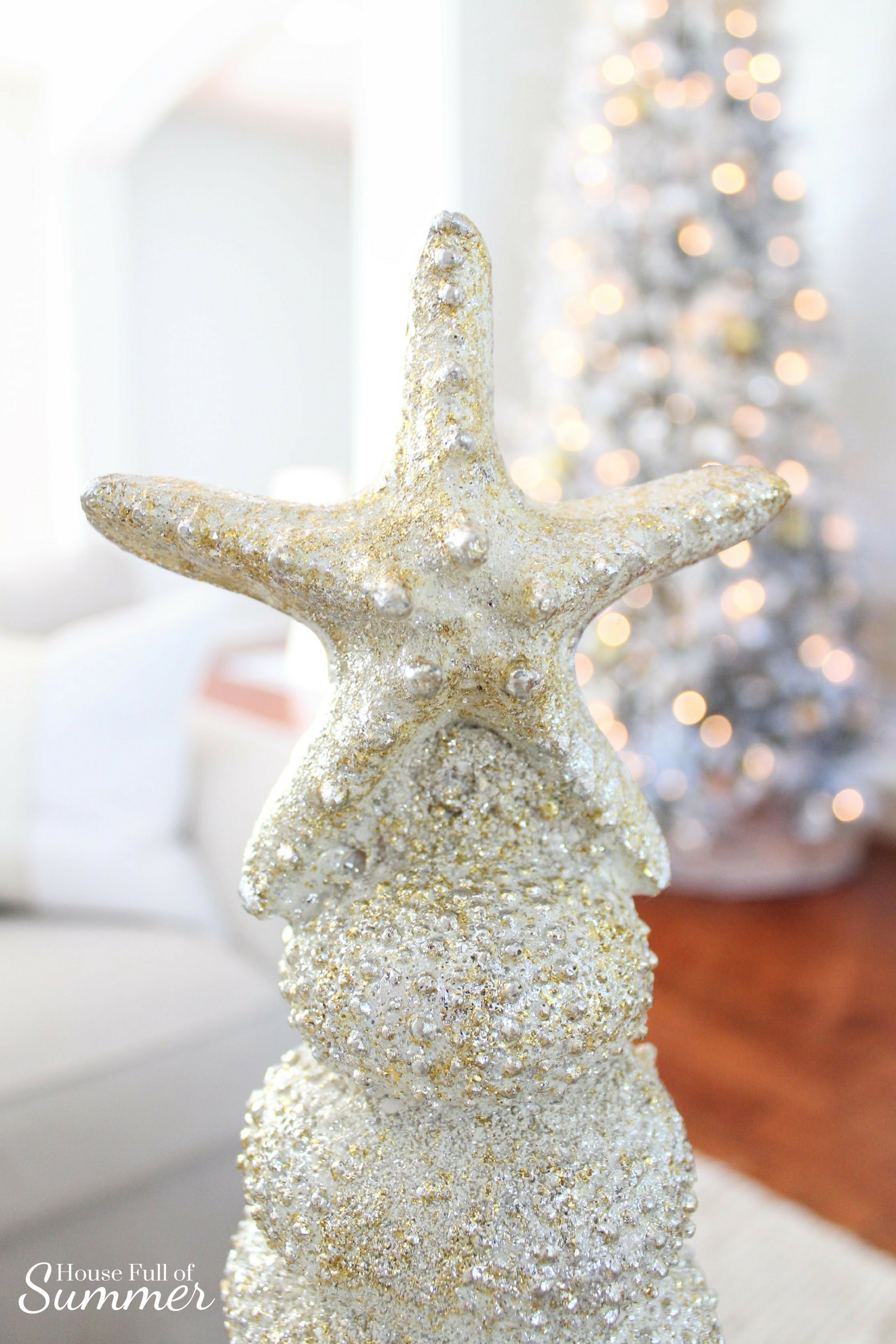 Creating a Glam Coastal Christmas with Bealls Florida | House Full of Summer blog - neutral christmas decor, gold coastal christmas throw pillow, tassel pillow, decorative pillow, florida christmas, beachy holiday decor, silver and gold, neutral interior ideas, christmas at the beach