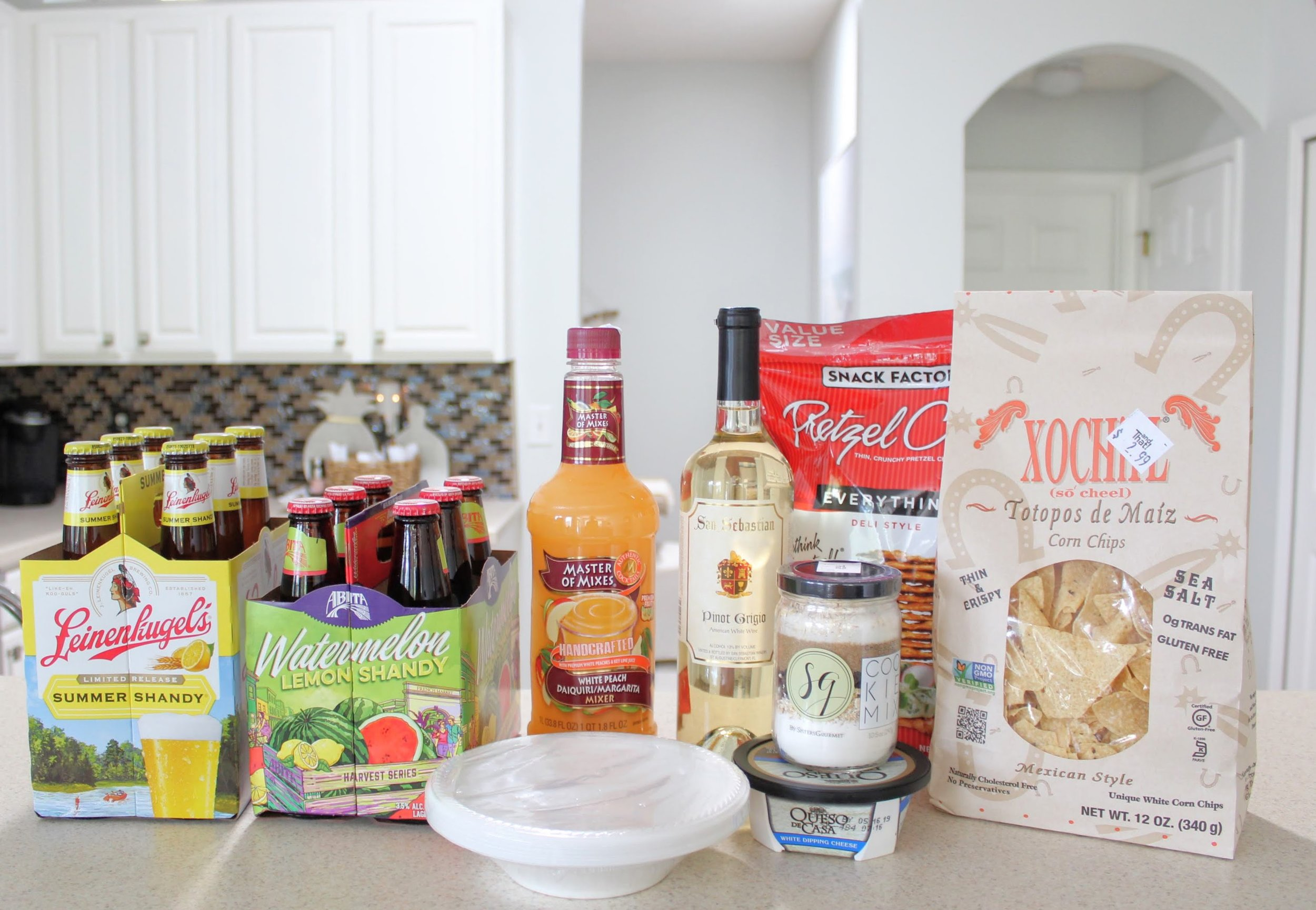 Entertaining for Under $50: Tasty Treats and Delicious Drinks! andThat! fun finds, retro snacks, popcorn, alcohol, beer, summer beer flavors, cocktail ideas, St. Augustine San Sebastian wine, snacks, party planning on a budget #housefullofsummer #andthatfunfinds #sponsored