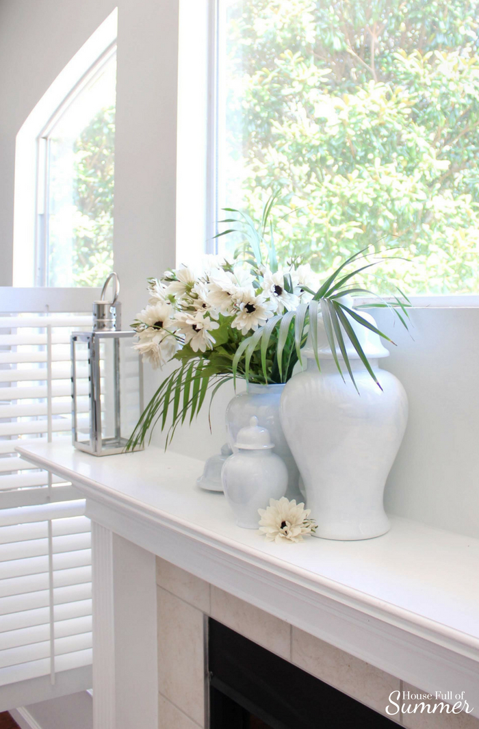 Classic Ginger Jars In Modern Colors House Full Of Summer Coastal Home Lifestyle