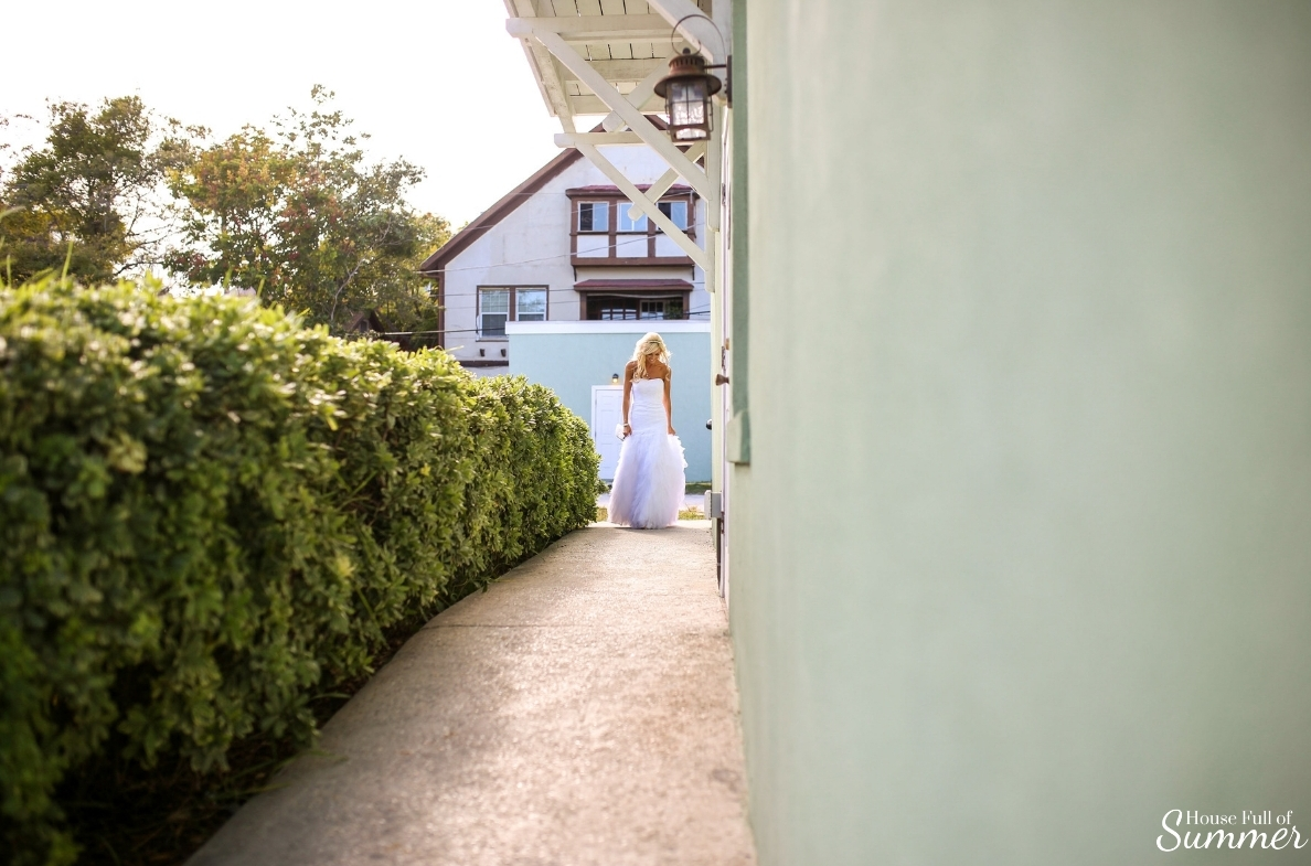 Why I Chose to Have a First Look on My Wedding Day | House Full of Summer - wedding day ideas, first look photography ideas, first look with the groom, Florida wedding, St. Augustine, Lightner Museum, wedding dress, botanical garden