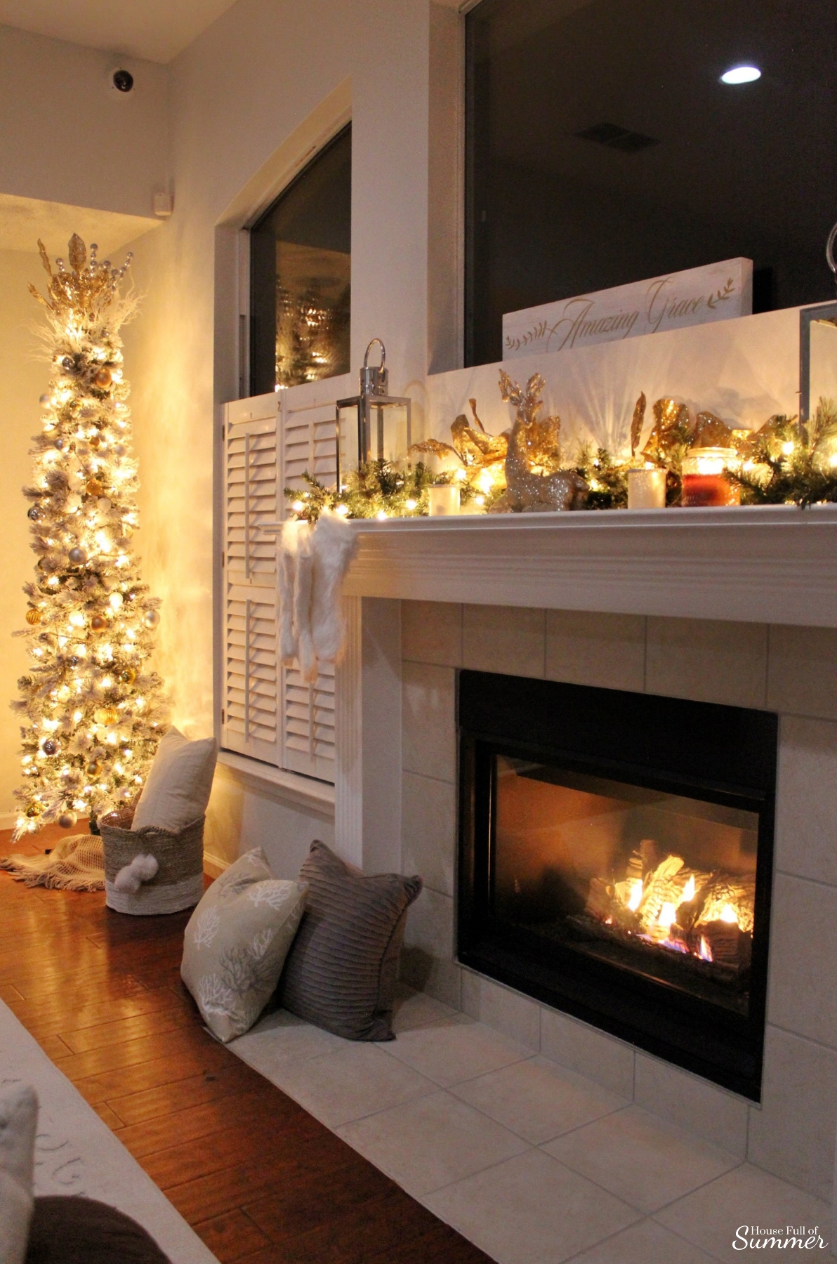 Cozy Christmas Nights By The Fireplace House Full Of