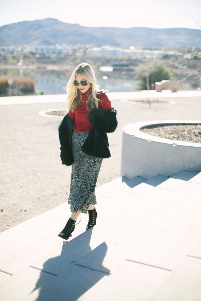 Valentine's Day Outfit Inspiration featured by top US fashion blog, Life of a Sister