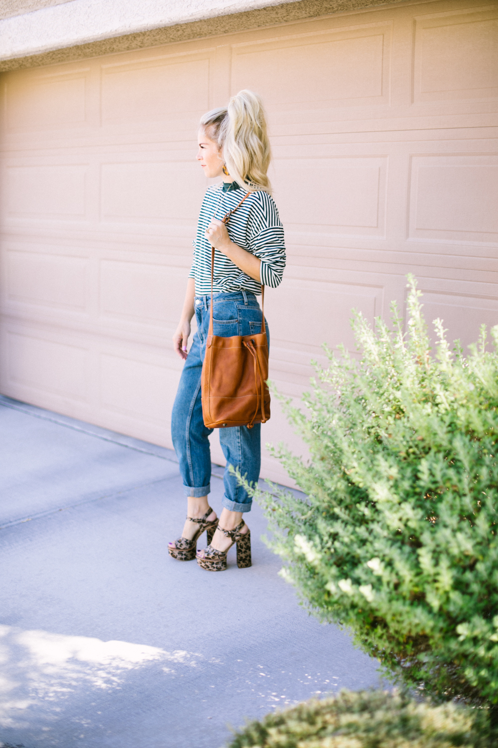 Buffalo Jackson Fall Accessories for your Outfits featured by popular Las Vegas fashion bloggers, Life of a Sister