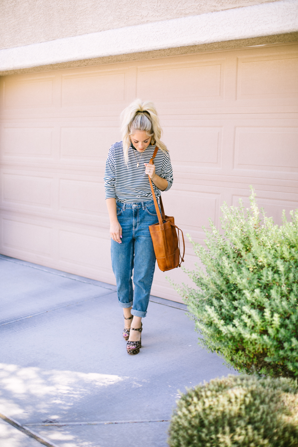 The Perfect Fall Accessories for your Outfits featured by popular Las Vegas fashion bloggers, Life of a Sister