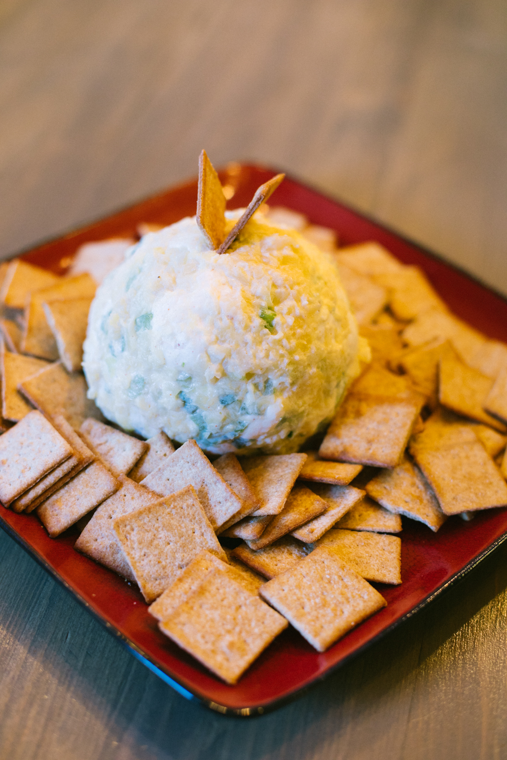 Easy & Delicious Thanksgiving Recipes featured by top Las Vegas lifestyle blog, Life of a Sister: cheese ball