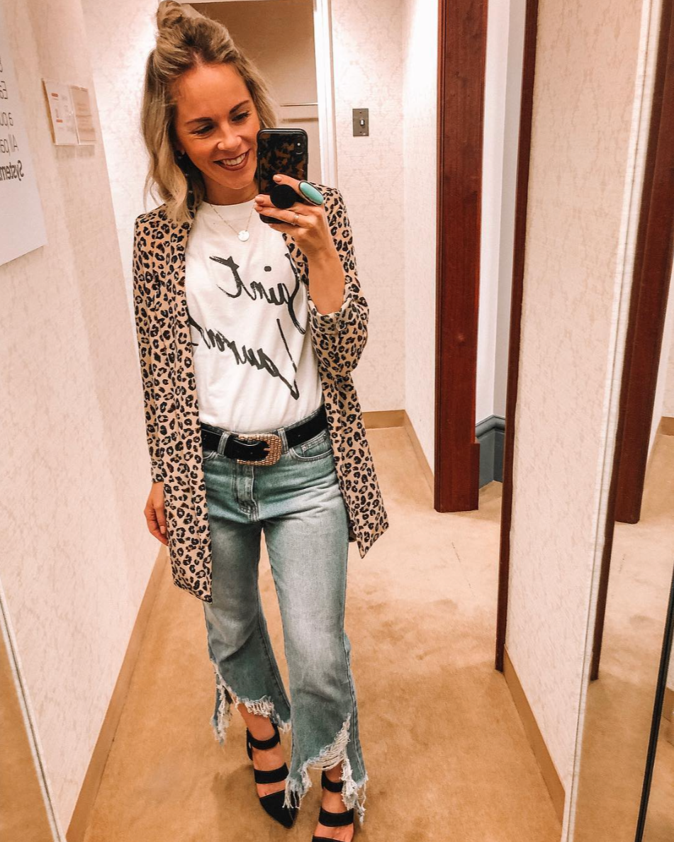 How to style a grpahic tee featured by top US fashion blog, Life of a Sister