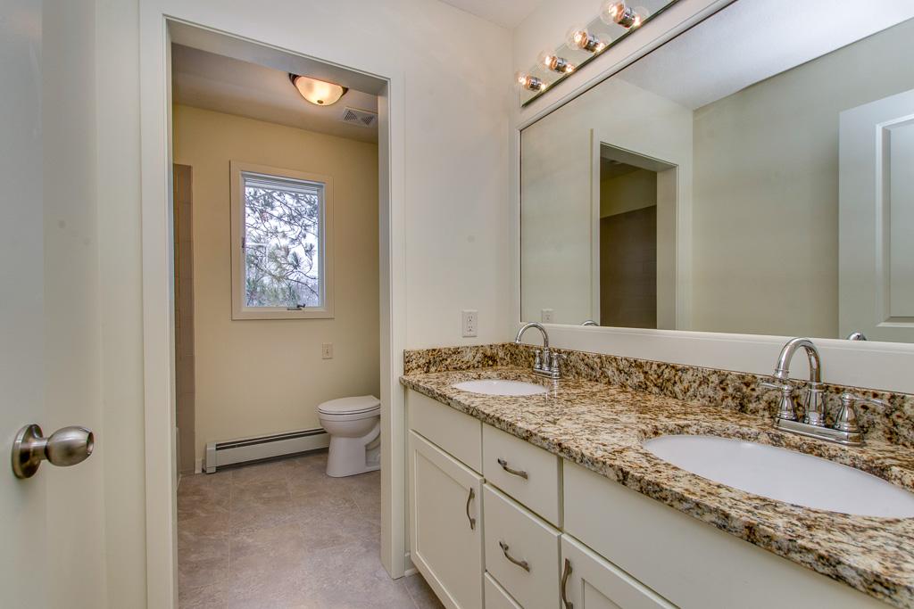 Retreat bathroom 1