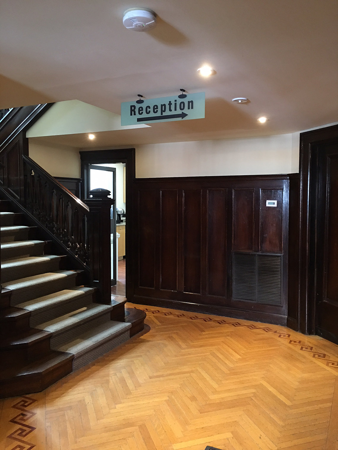133 Lowther Main Floor Entranceway.jpg