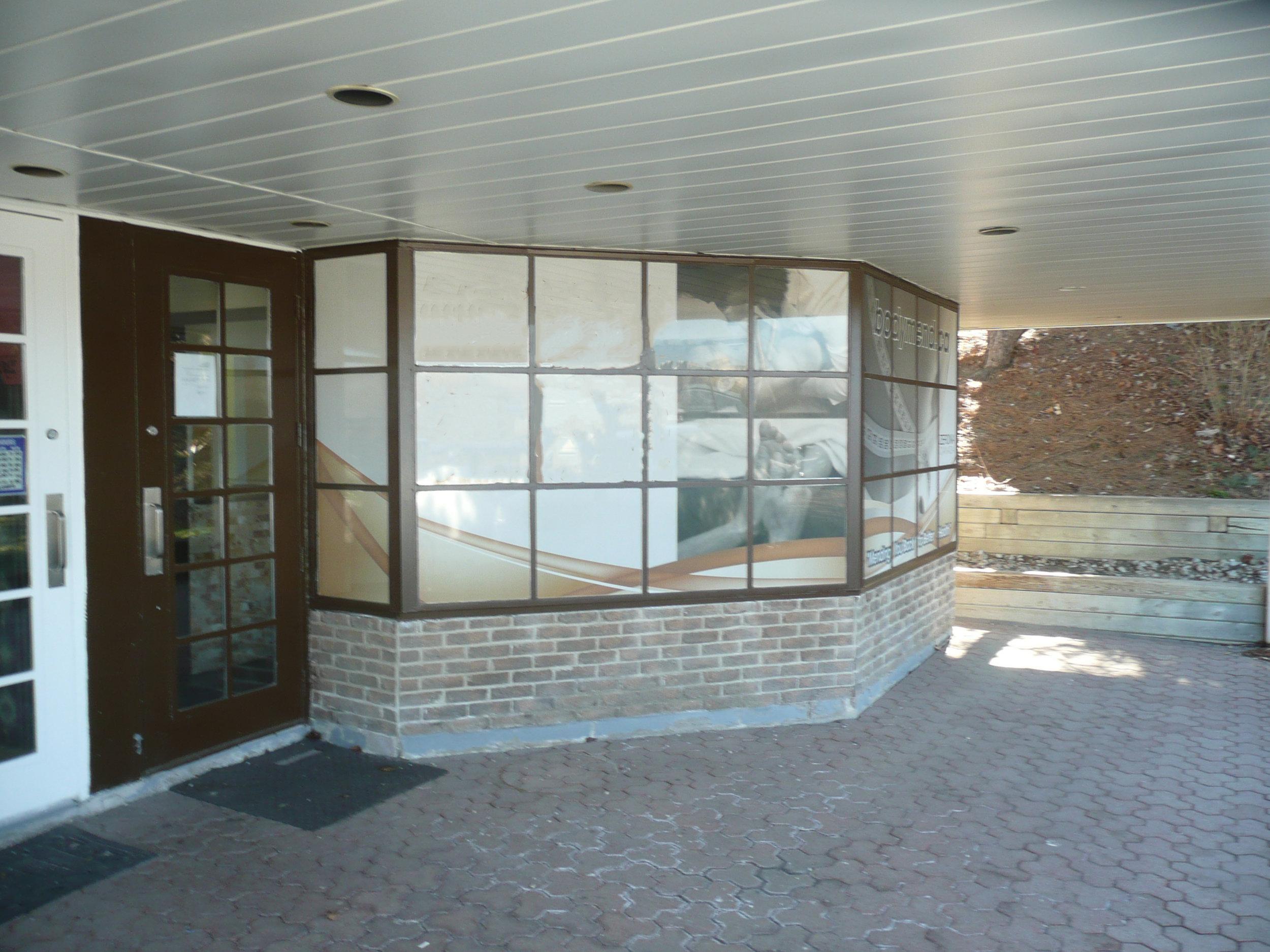 188 Main Street South exterior photo-unit10.jpg