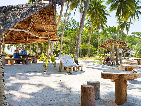Beach_frontb-4_600x450.jpg