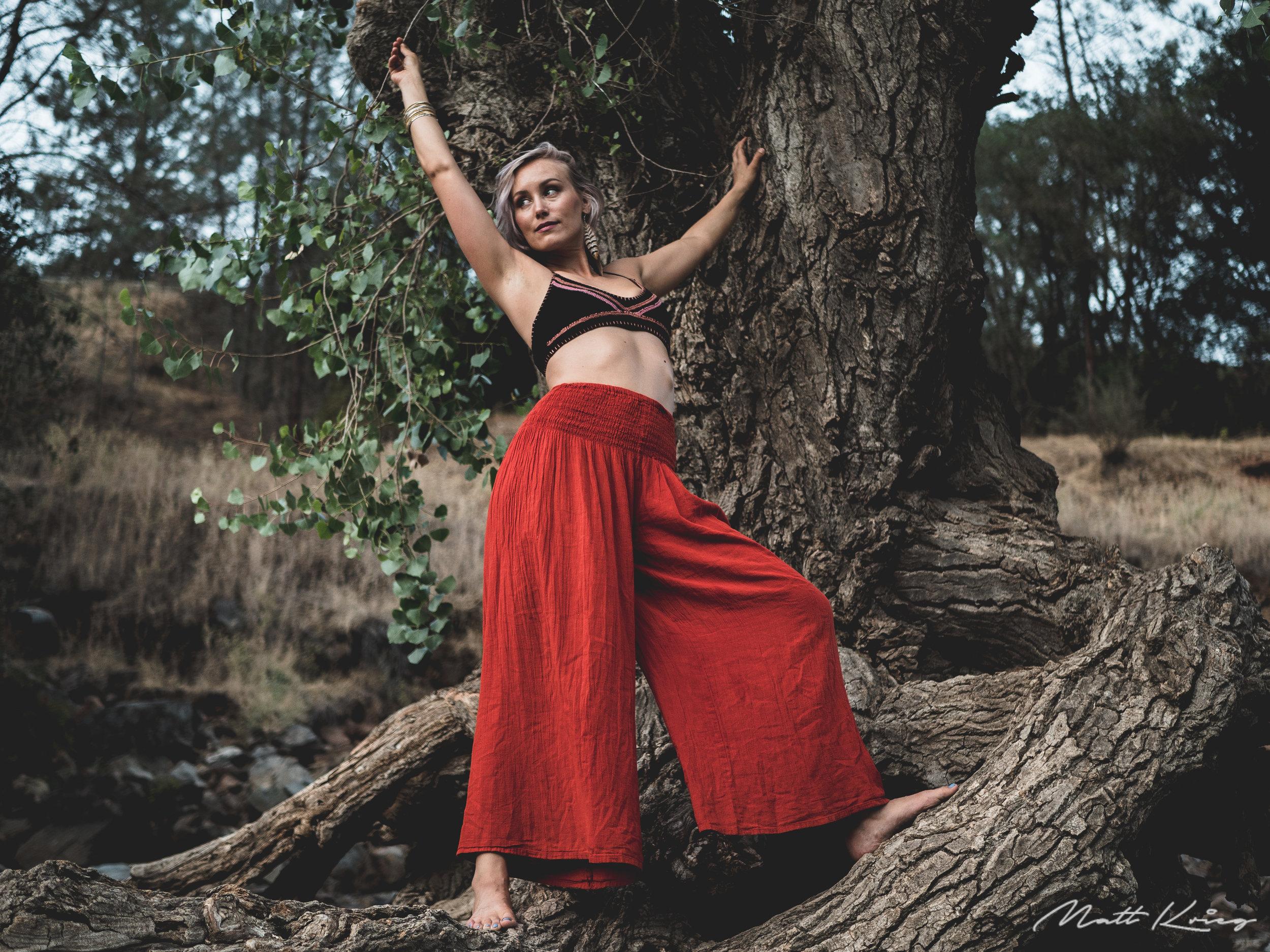 Red pants Yoga Photography