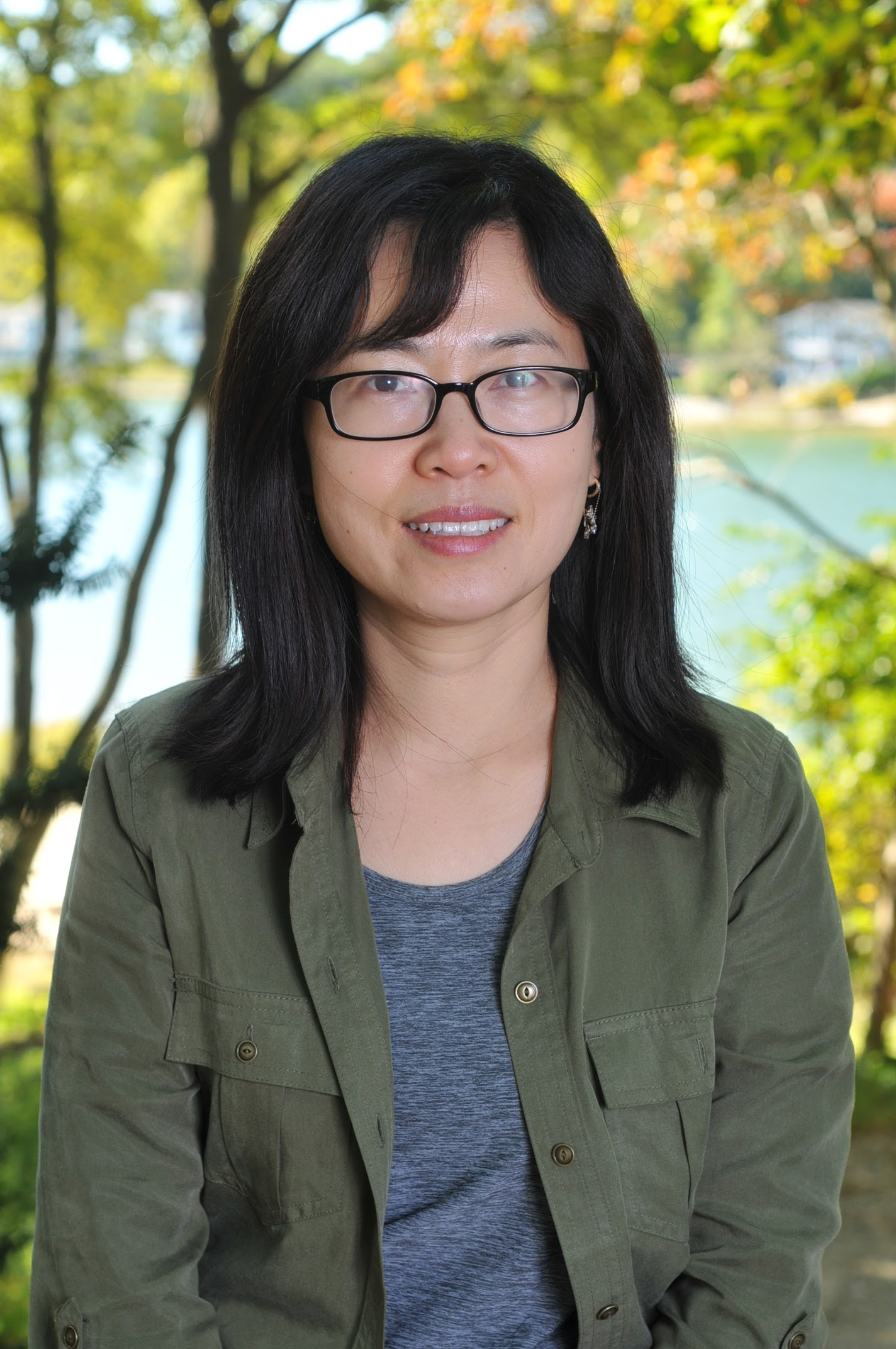 Soo-Jung Kim, Early Childhood Teacher    years at lol:  10 years   experience:  ams early childhood credential from west side montessori school's teacher education program, ba in english language education from korea university, EFL (English as a Foreign Language) teacher certification in Korea