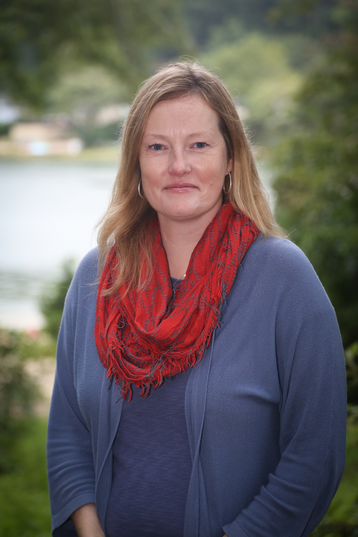 Carolyn Rice, assistant teacher/administrator    years at lol:  7 years   experience:  AMI Elementary Assistant Certification