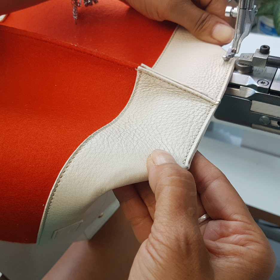 Craftmanship - Each TTWINN handbag is meticulously handcrafted by a team of skilled artisans who are dedicated to create each piece with the highest quality. Craftsmen producing TTWINN bags have been working in a leather industry for 20+ years that have made them truly professional in what they do.