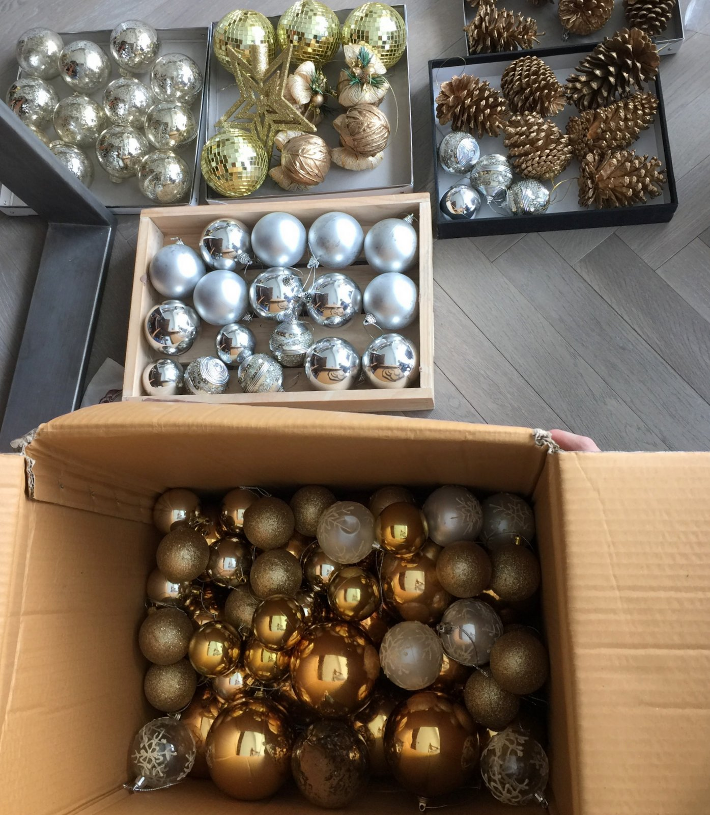 2-tidy christmas ornaments-001.jpg
