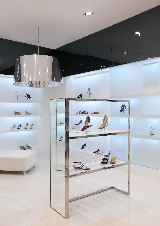 Jessica Simpson Retail Store Design 01.jpg