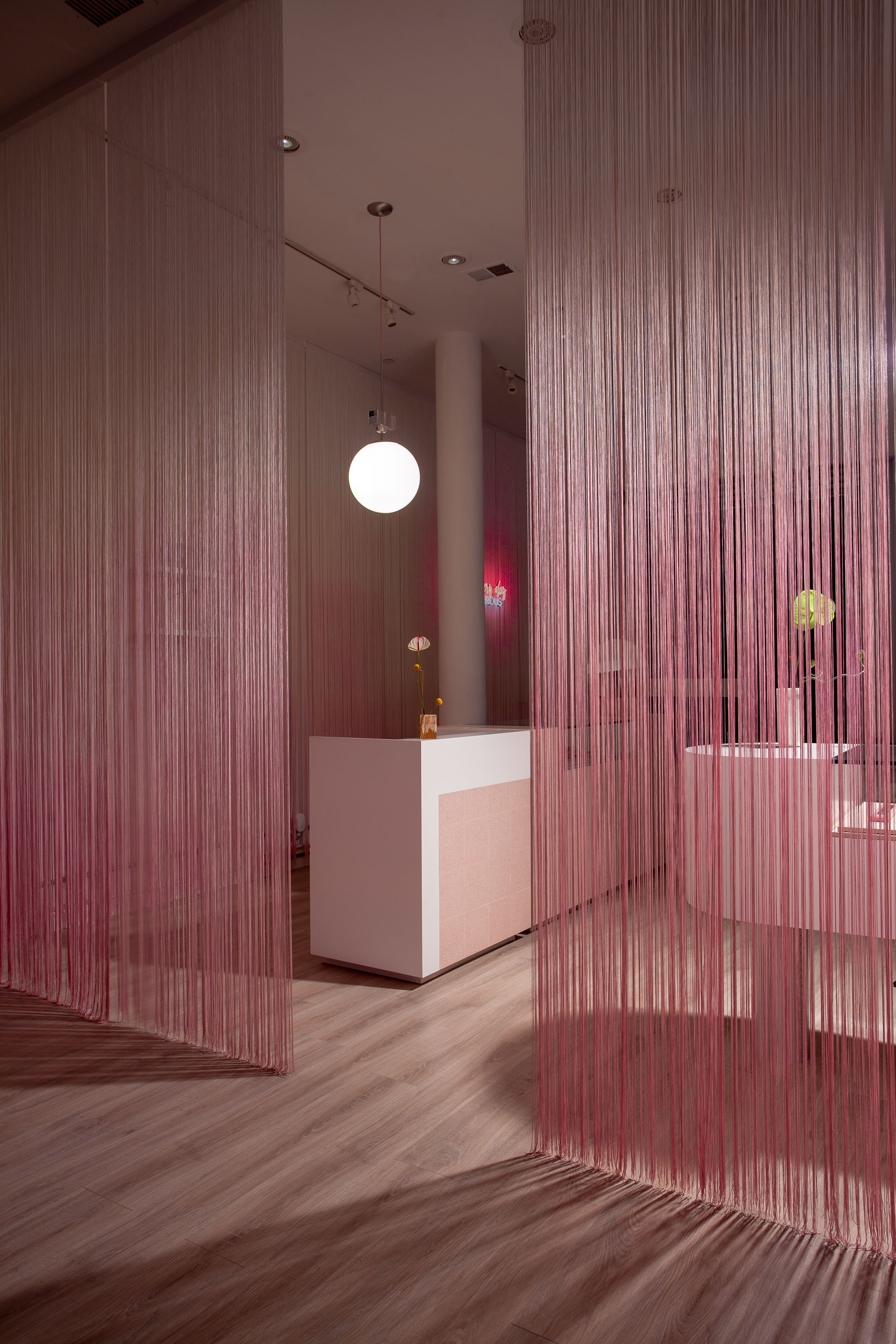 Hair Salon Store Design In New York Glam Seamless