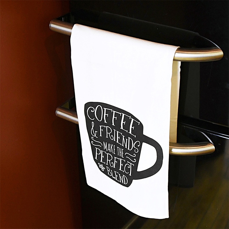 coffee-friends-towel-lifestyle-web-2.jpg
