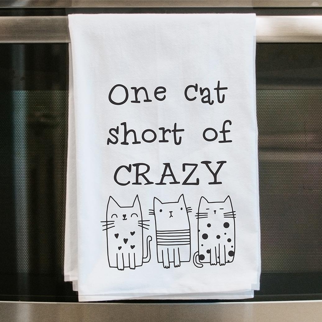 one-cat-short-tea-towel-oven-door-web.jpg