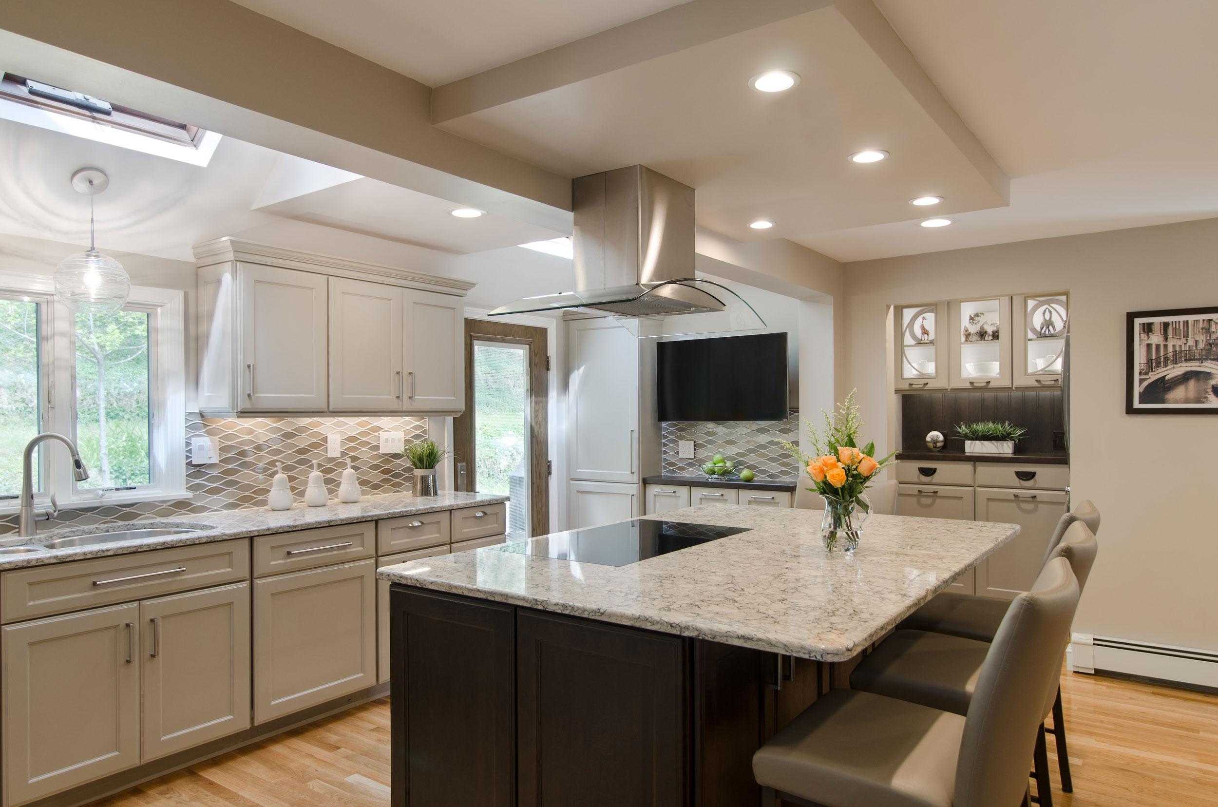 Revitalized kitchen in Braintree, MA