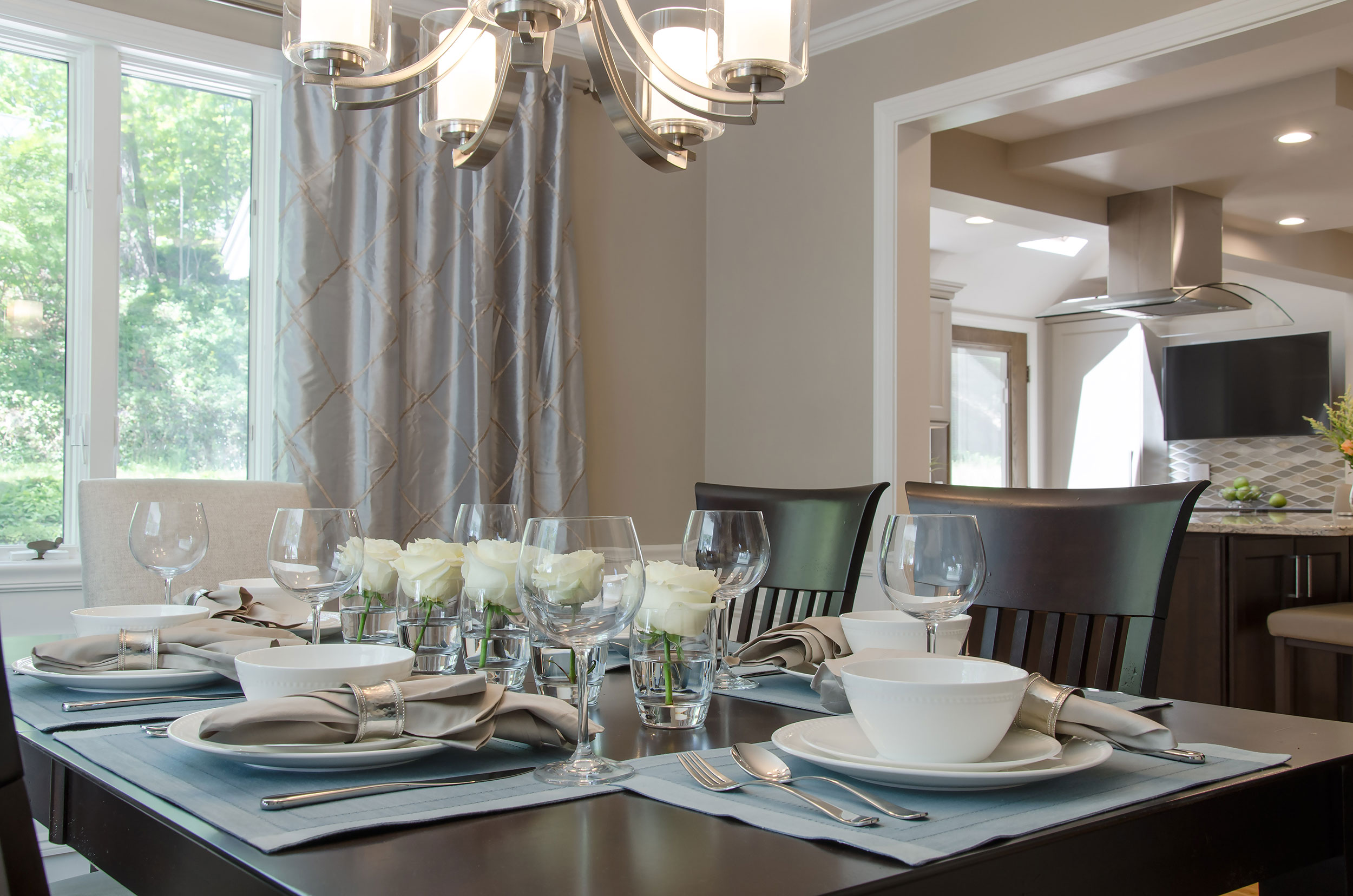 Braintree, MA dining room revitalization by Susan Curtis Interiors