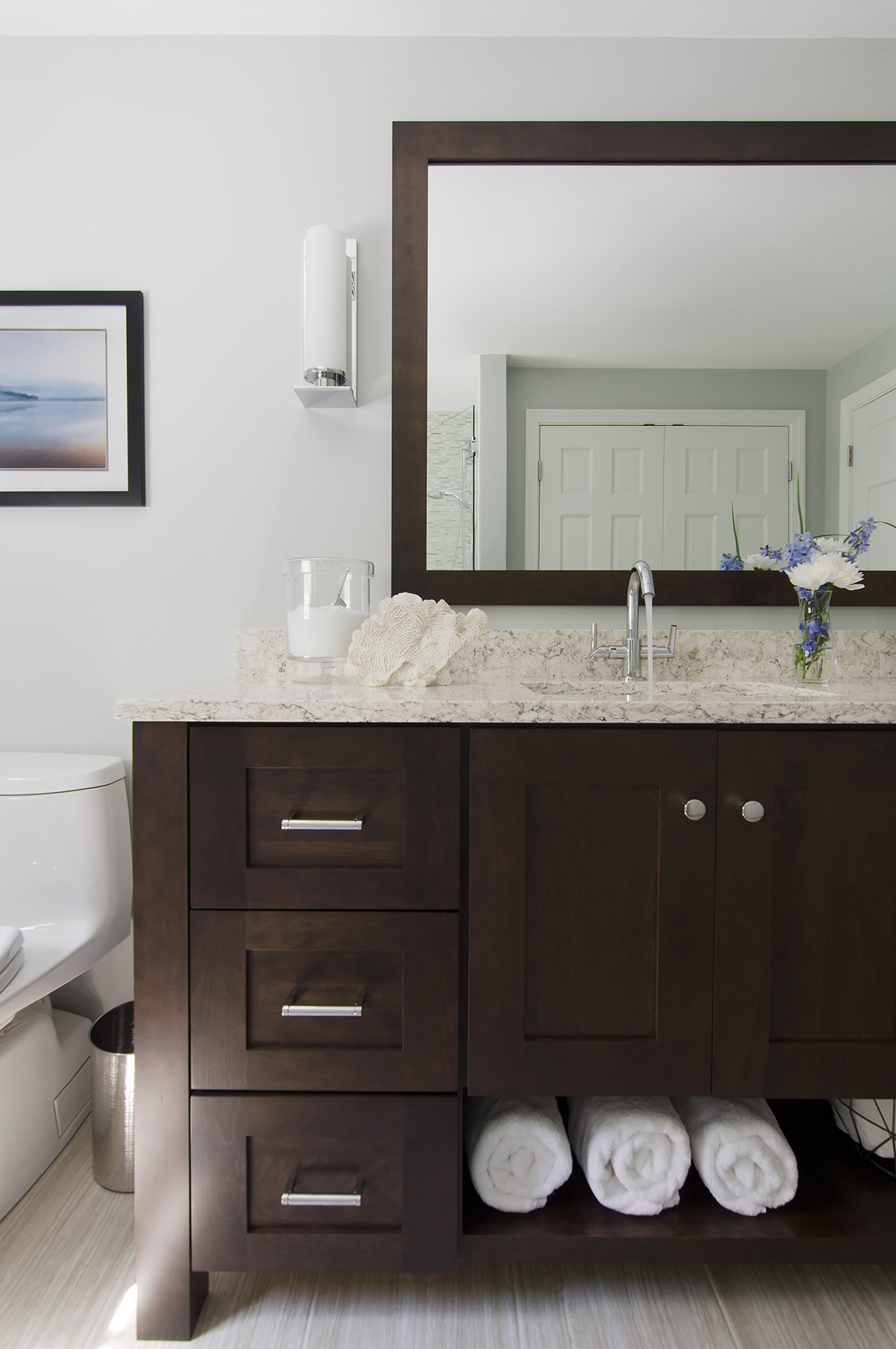 Norwell, MA bathroom interior design by Susan Curtis Interiors