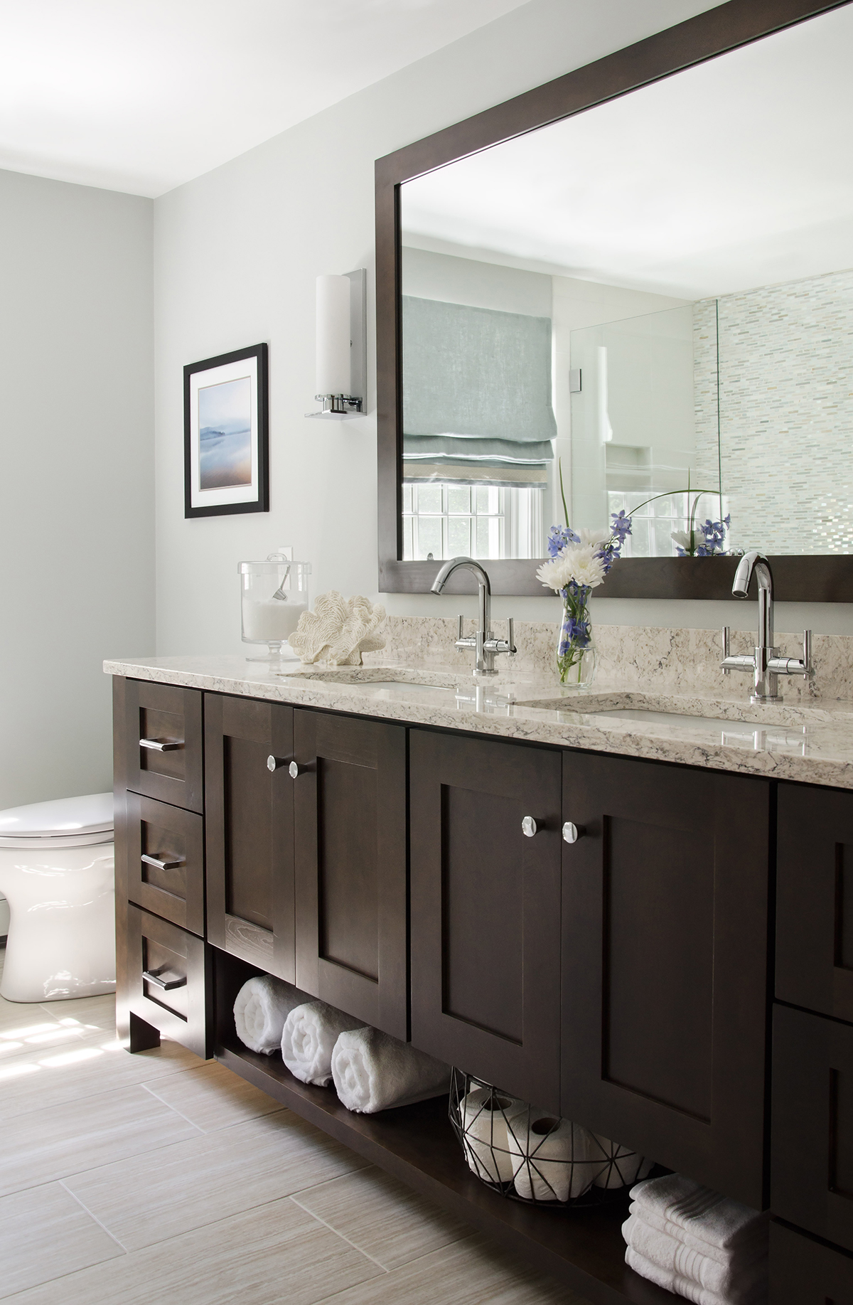 Norwell, MA bathroom interior by Susan Curtis Interiors