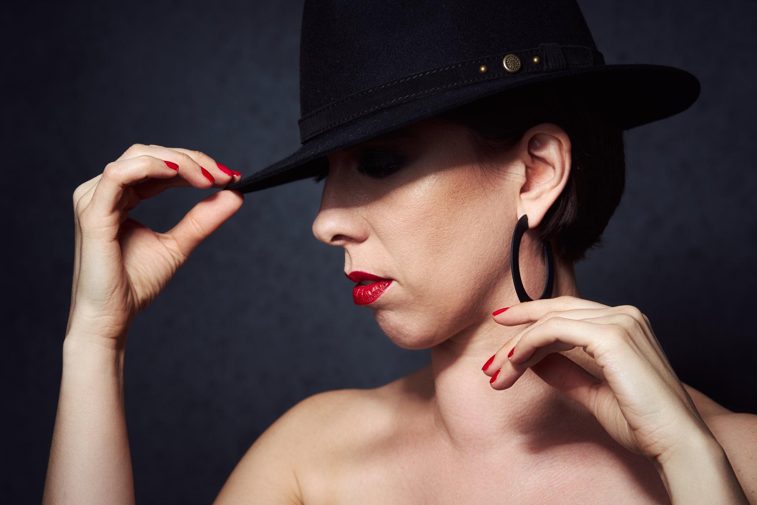 Model: Véronique C. MUA: Poudre et Paillettes
